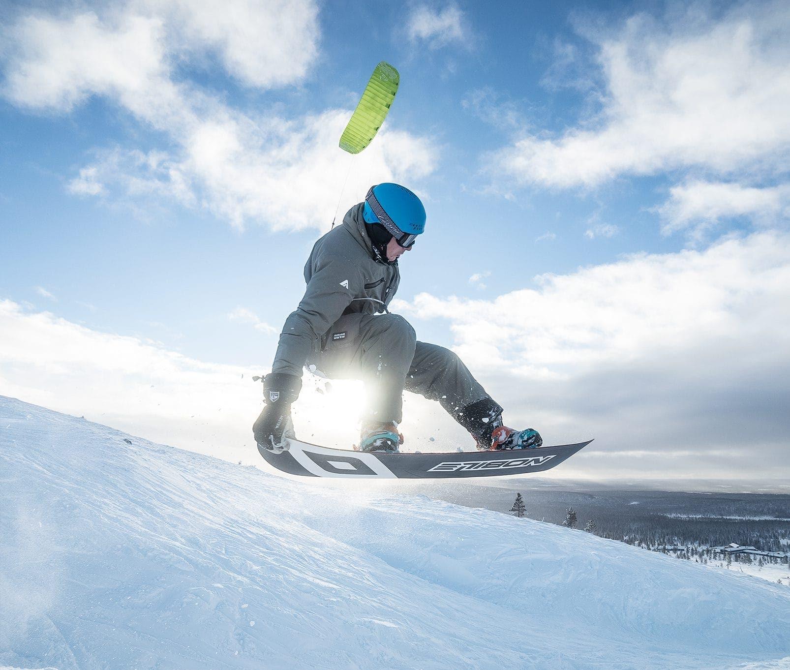 kite-jump-snowkite-pallas-kiteweek-freestyle-center-crop