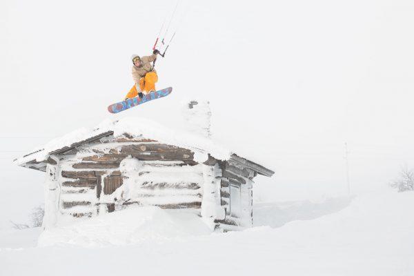 snowkite-jump-building-pallas-kiteweek